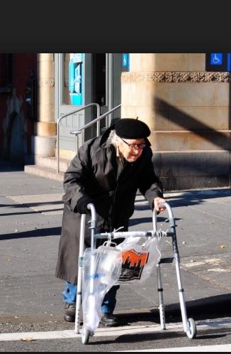 Aged_woman_in_walker_-_Google_Search